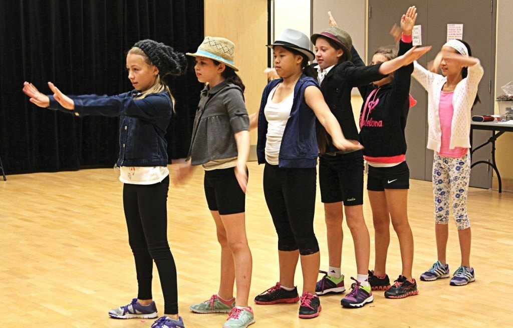 Shenkman_Arts_Centre_Summer_Camp_Dance_Routine